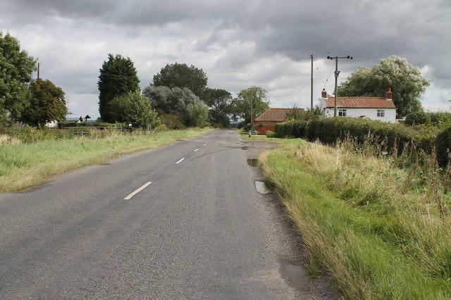 B1205 near Holme Cottage