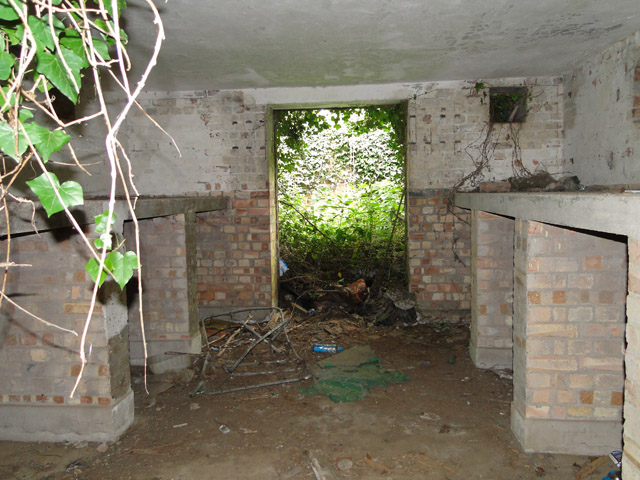 Four inch gun emplacement at Hollesley Heath