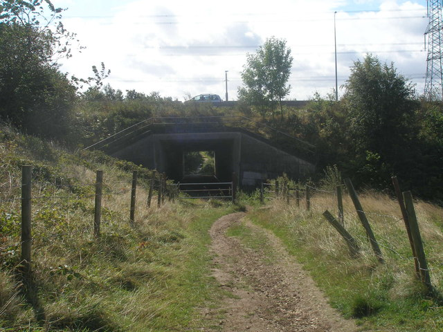 Bridleway under the M62 north of Oakwell Hall