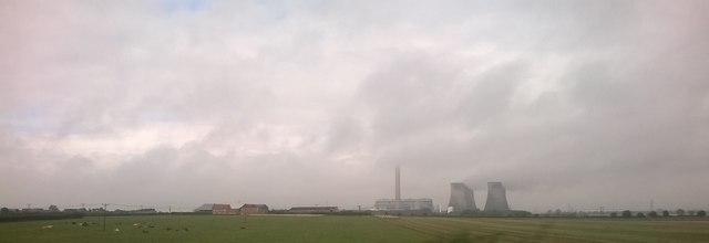 Looking towards Eggborough Power Station, east of Hensall