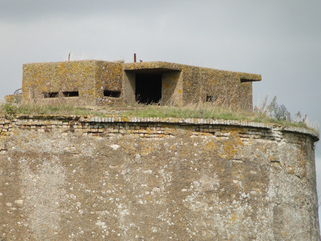 Pillbox / machine gun emplacement
