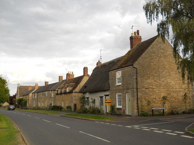 Cottages on West Street, Helpston