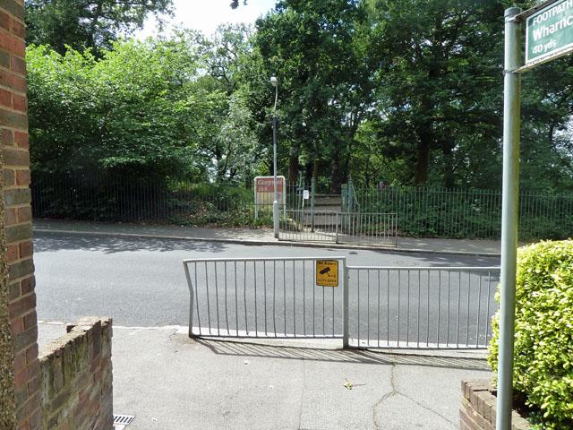 Pedestrian entrance to Grangewood Park