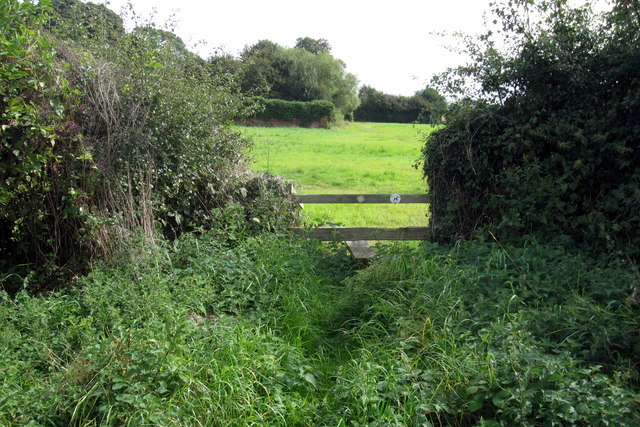 Stile on the path to Cadborough Farm
