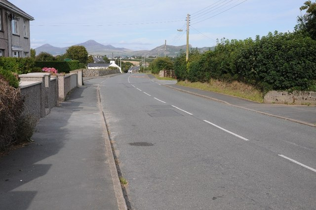 Road passing through Groesffordd