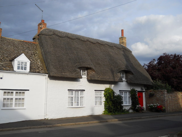 Thatched cottage on Maxey Road, Helpston