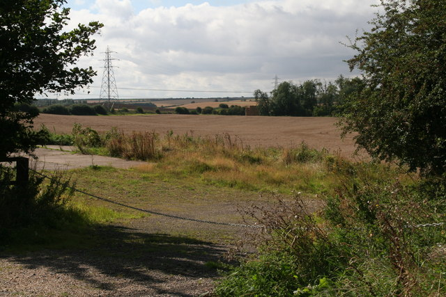 Field entrance and hard standing off the Gunnerby Road