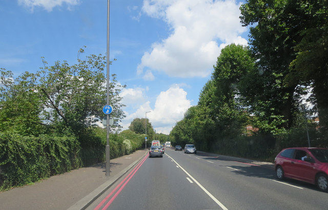 A406 east of Ealing Sports Ground