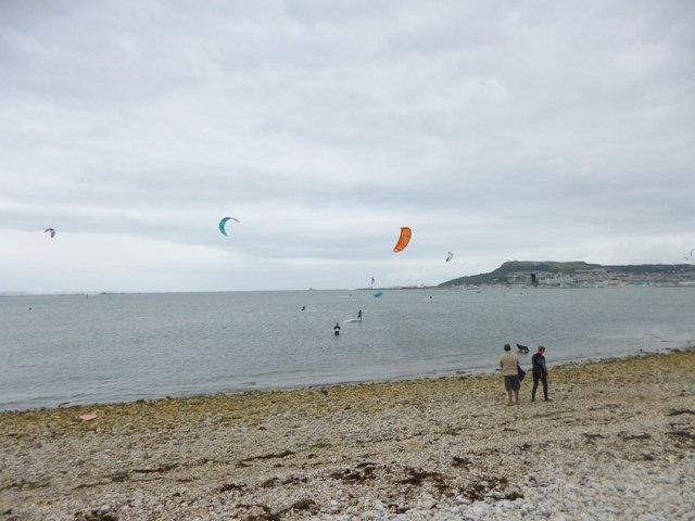 Portland Harbour, kite surfing