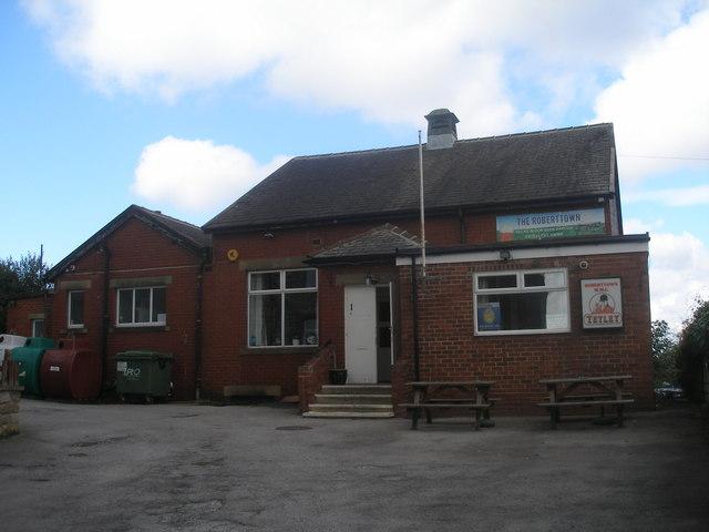Roberttown Working Mens Club