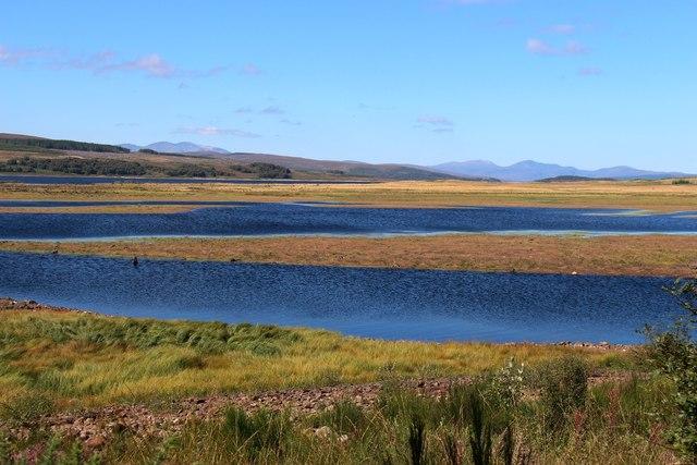 Low water level on Loch Shin
