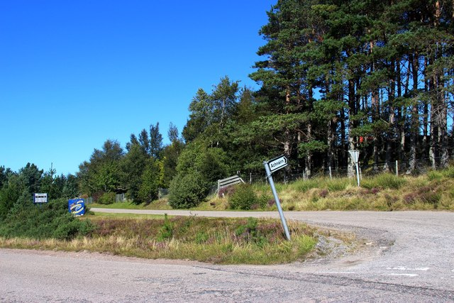 A jaunty sign for the road to Achnairn