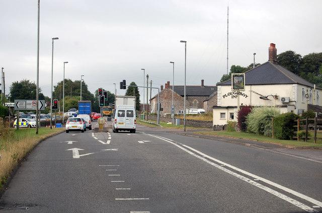A39 approaching Green Ore crossroads