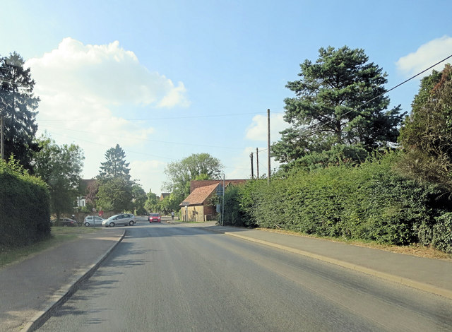 Main Road junction with Bradenham Wood Lane