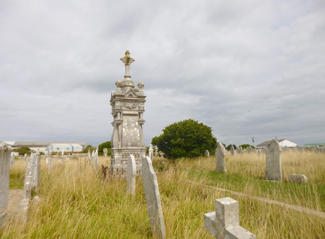 Easton, obelisk