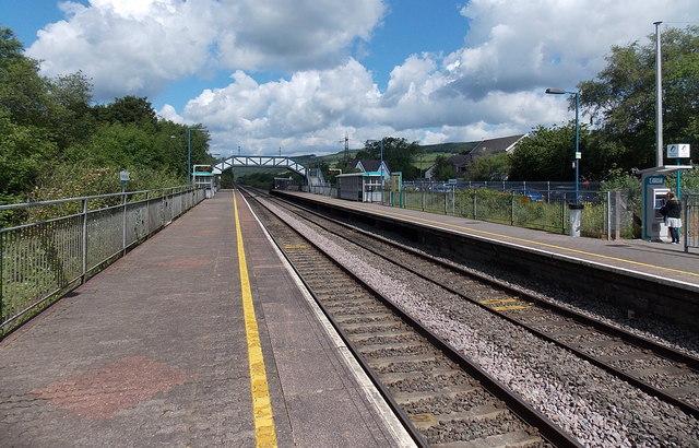 Towards the station footbridge, Pontyclun