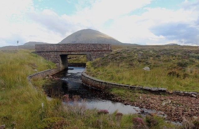 Bridge over Allt Loch Tarbhaidh