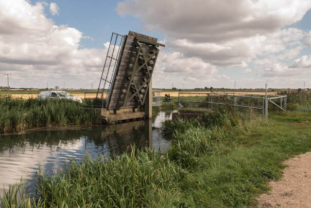 Lifting Bridge over Burwell Lode