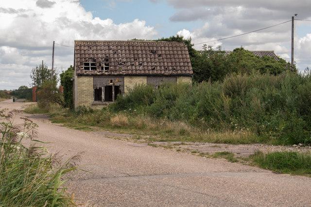 Derelict Farm Building on Factory Road