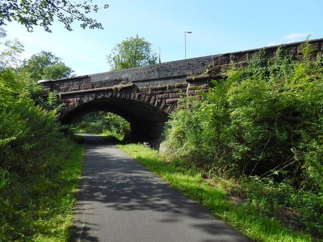 Road bridge at Dumbuck