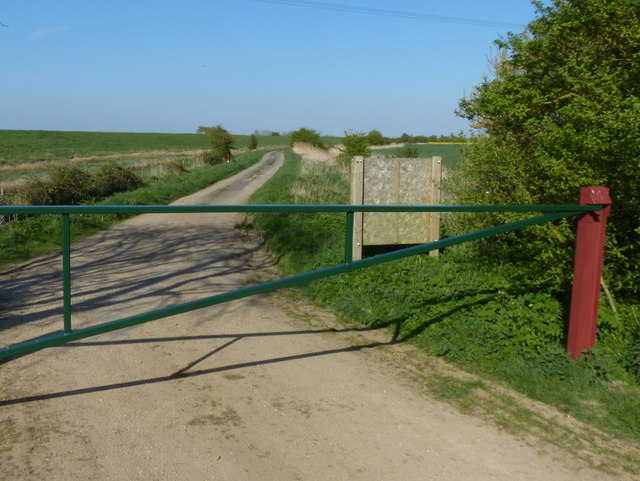 Barrier across Slipe Drove
