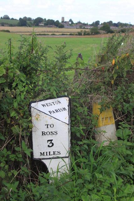 Milepost on the A40 in Ryeford