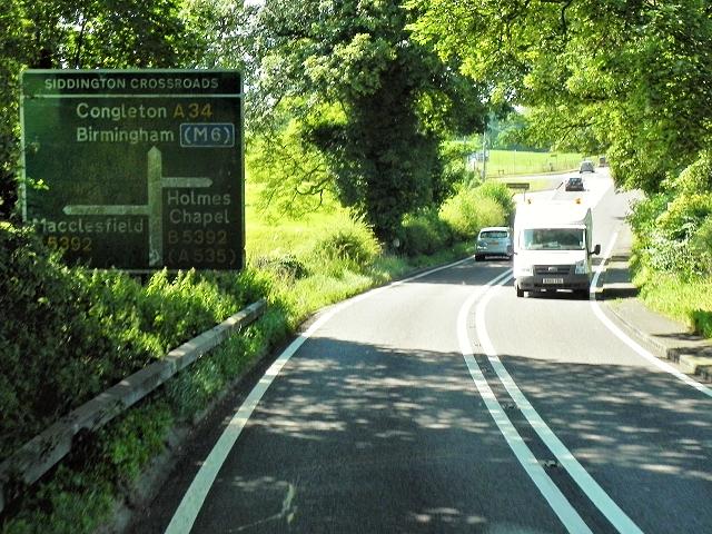 Approaching Siddington Crossroads