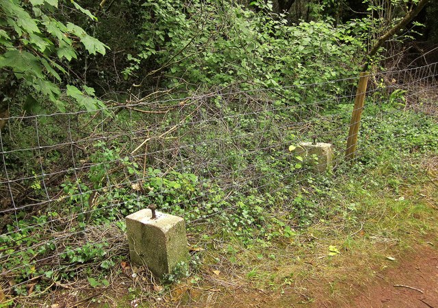 Fence and bench base near Walls Hill