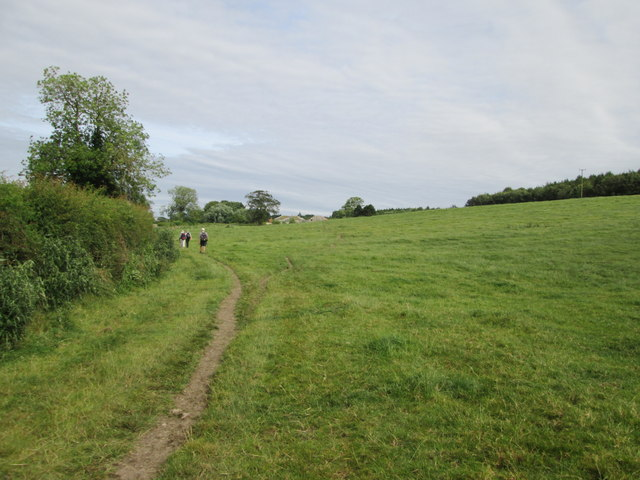 Field  edge  footpath  toward  Birdsall