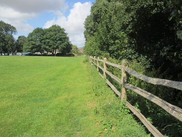 Footpath adjacent to River Lavant
