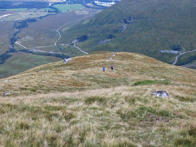 End of the ridge from Sron an Isean