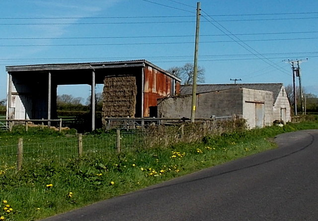 Roadside farm buildings, Kenn Moor