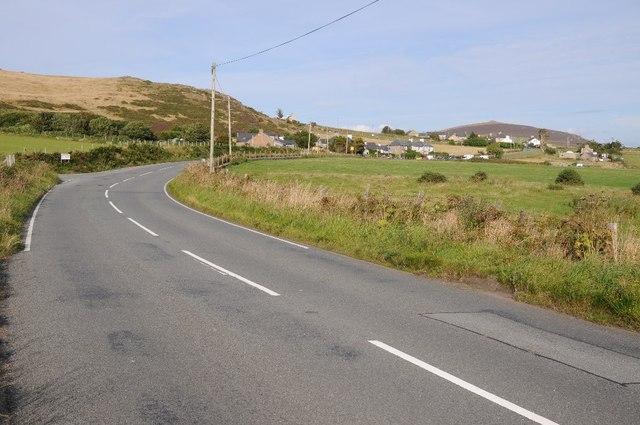 Approaching Llithfaen