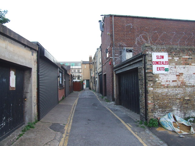 East Crescent Road, Gravesend