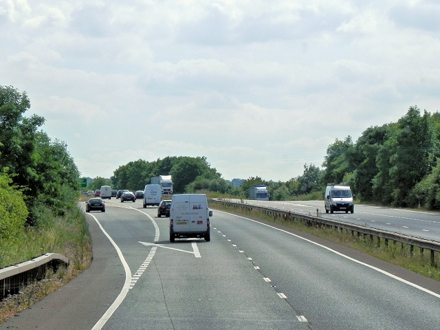 Southbound A34, Exit at Peartree Junction