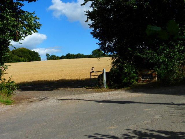 Gateway to New Farm Grain Store