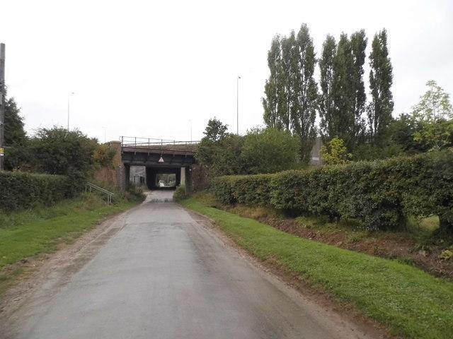 Railway bridge on Bookham Road