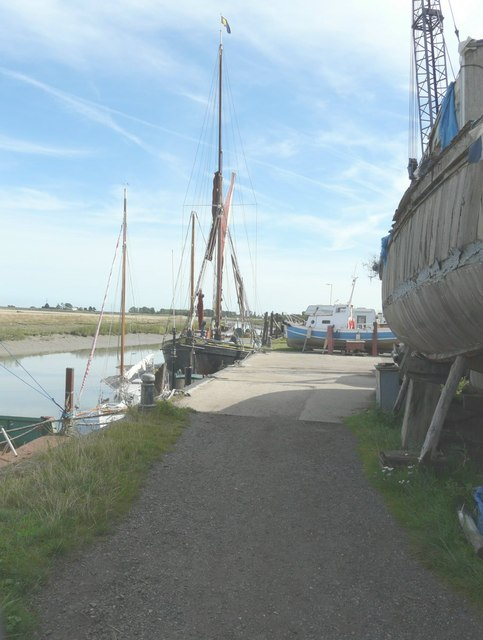 Barge moored beside Iron Wharf, Faversham Creek