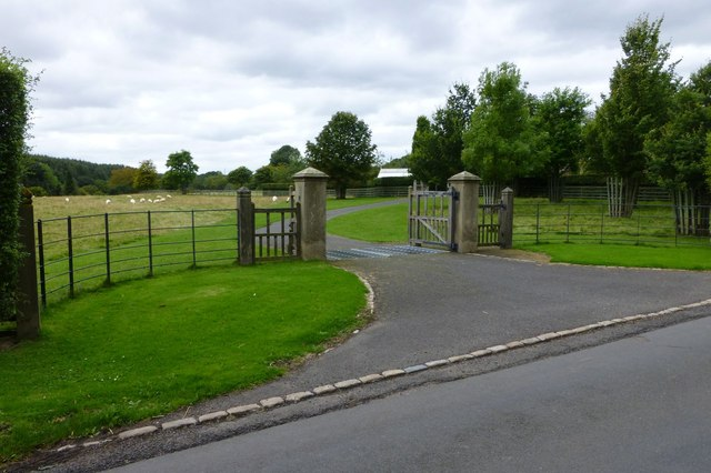 Impressive gateway and cattle grid