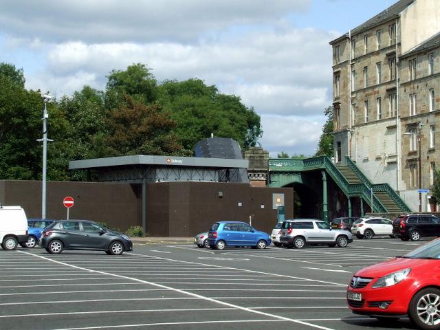 Kelvinbridge subway station