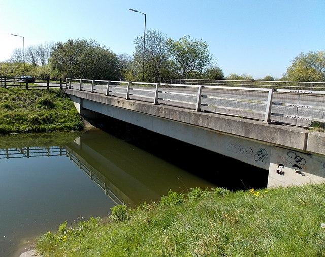 East side of the B3133 bridge over Blind Yeo