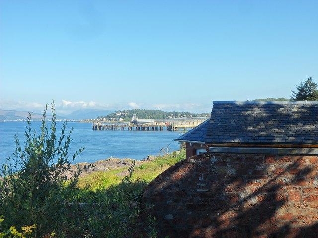 Wemyss Bay pier from Skelmorlie church car park