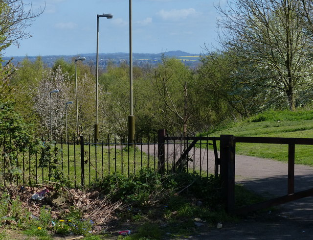 Forest Way viewed from New Parks Crescent