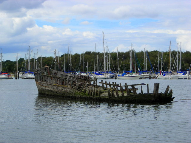 River Hamble wreck