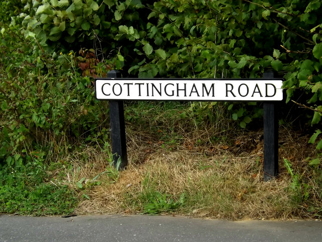 Cottingham Road sign