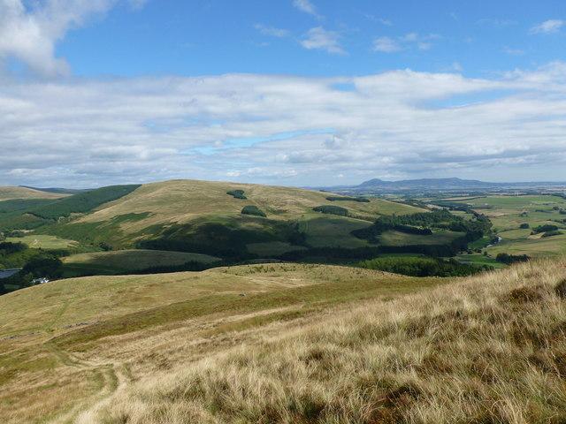 Seamab Hill, looking towards Lendrick Hill