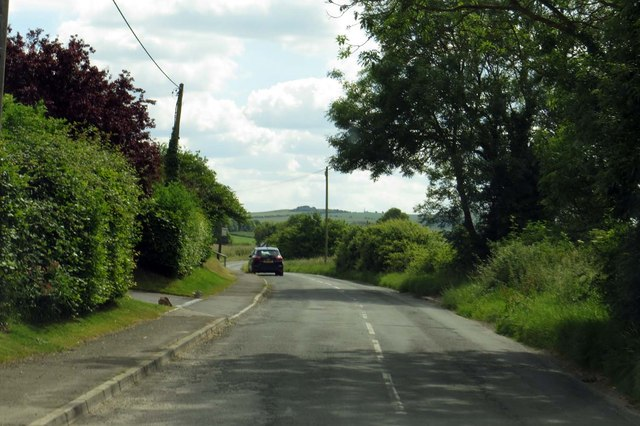 Idstone Road out of Ashbury