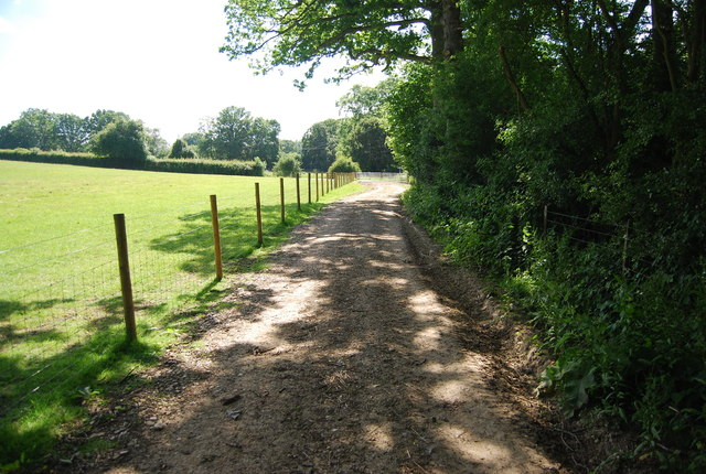 Footpath to The Roman Road