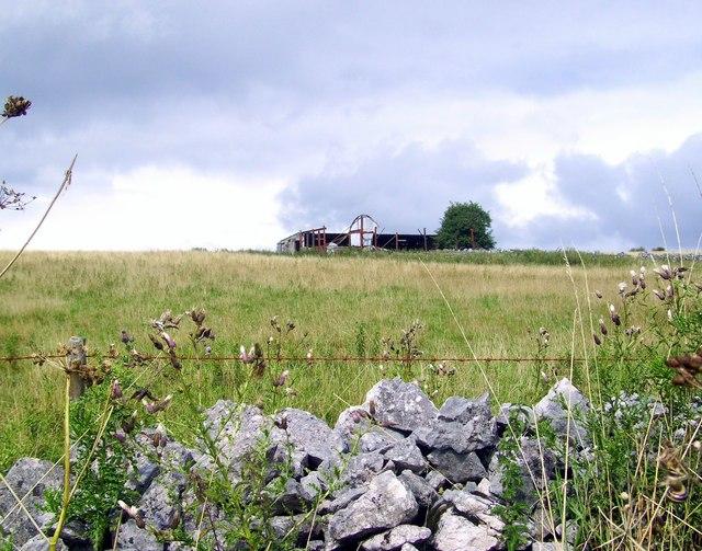 Derelict Barn near Westbury Beacon