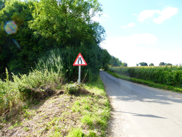 The road to Little Hoddington